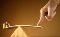 吴迪:中国经济面临困境 中国房价是涨是跌
